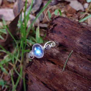 High quality clear moonstone with beautiful bright blue fire